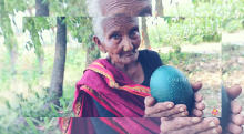 Mastanamma readies to prepare her emu egg recipe (Image source: YouTube)